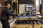 La croissance du secteur manufacturier de la zone euro a ralenti en janvier en raison de l'absence de toute augmentation notable des prises de commandes et malgré la plus forte baisse en un an des prix facturés par les entreprises. L'indice Markit PMI définitif du secteur manufacturier s'est établi à 52,3, contre 53,2 en décembre. /Photo d'archives/REUTERS/Yves Herman